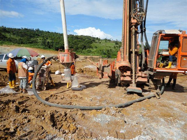 Hanjin Rig 14 Grade Control in North Sulawesi